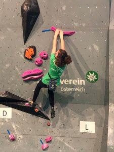 kletterturm-gschwendt-luisa-abzieher-climb-free
