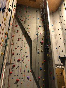 kletterturm-gschwendt-raeumlichkeiten-kletterhalle-02